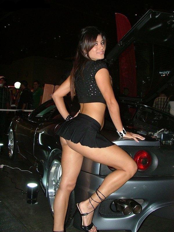 Short Skirt Show 48