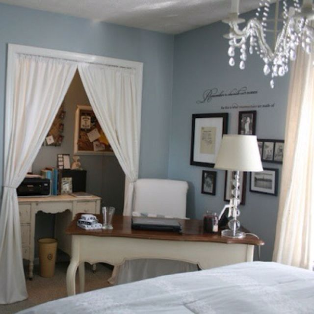 LOVE This Bedroom/Office Combo. I Wonder If I Would