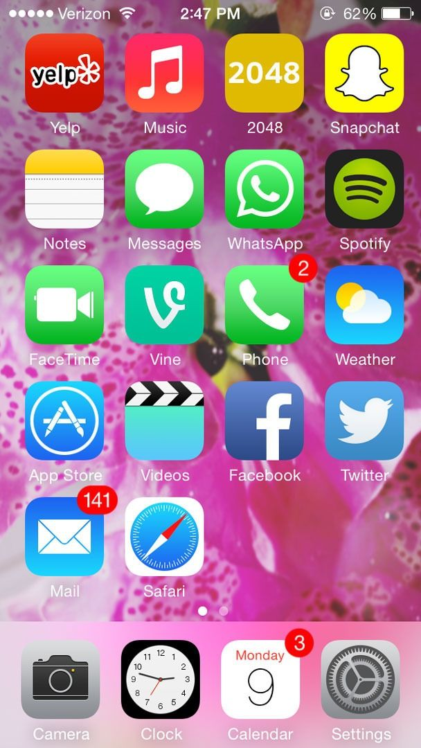 7 creative ways to organize your mobile apps white for Cool way to arrange iphone apps