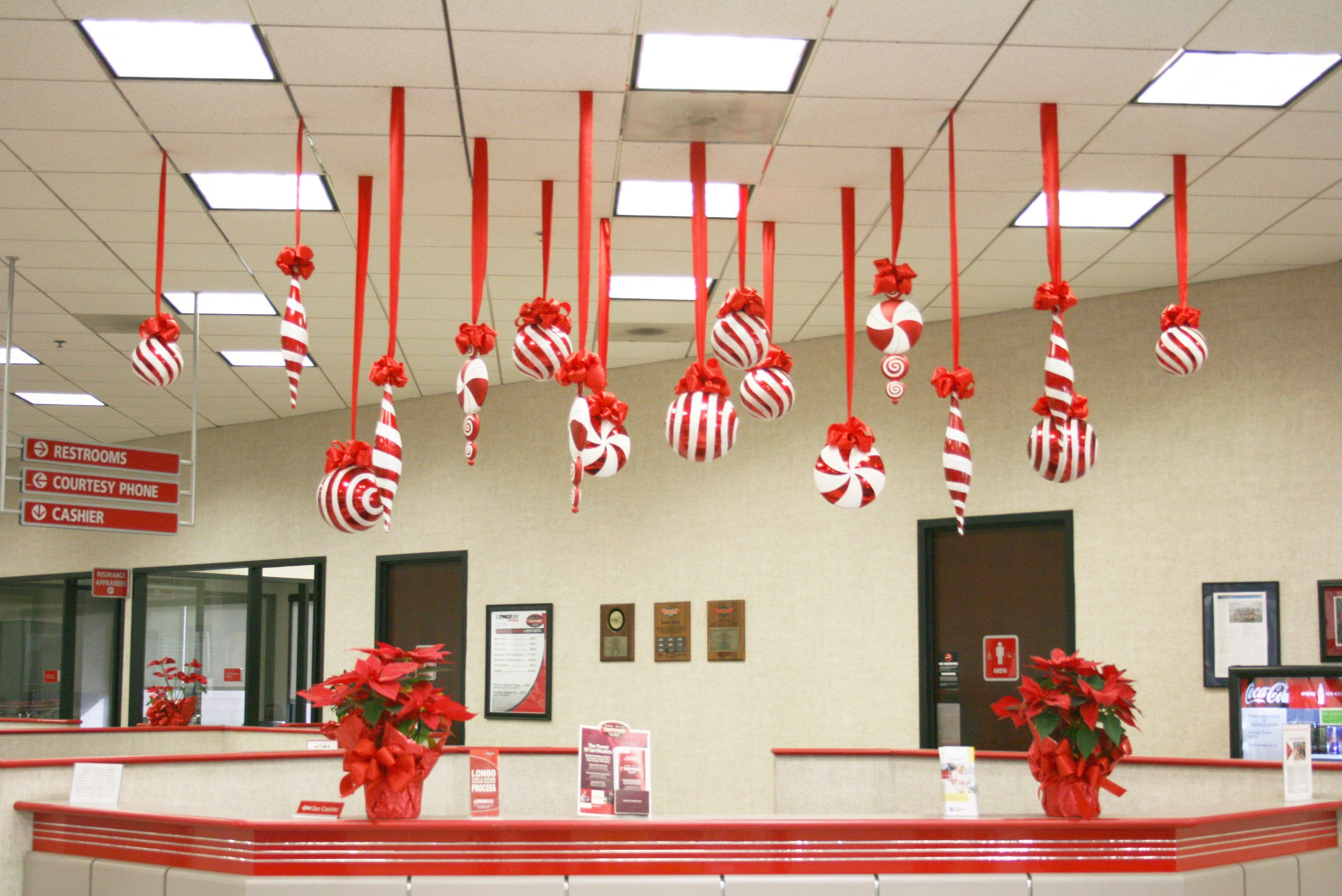 Great Office Decoration Themes Office Bay Decoration Ideas Bay Decoration For Ch Christmas Ceiling Decorations Office Christmas Decorations Christmas Classroom