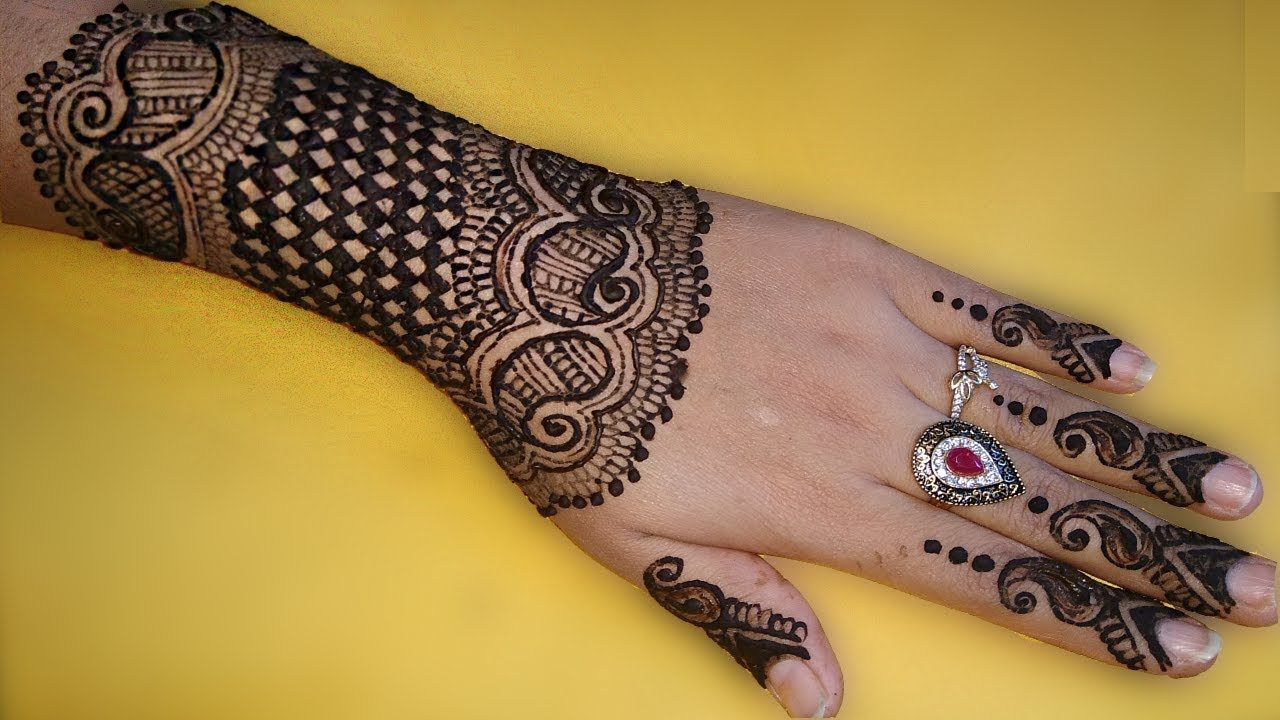 graphic relating to Printable Henna Designs named Most up-to-date Mehndi Layout for Hand 2018 Chex Mehndi Layout