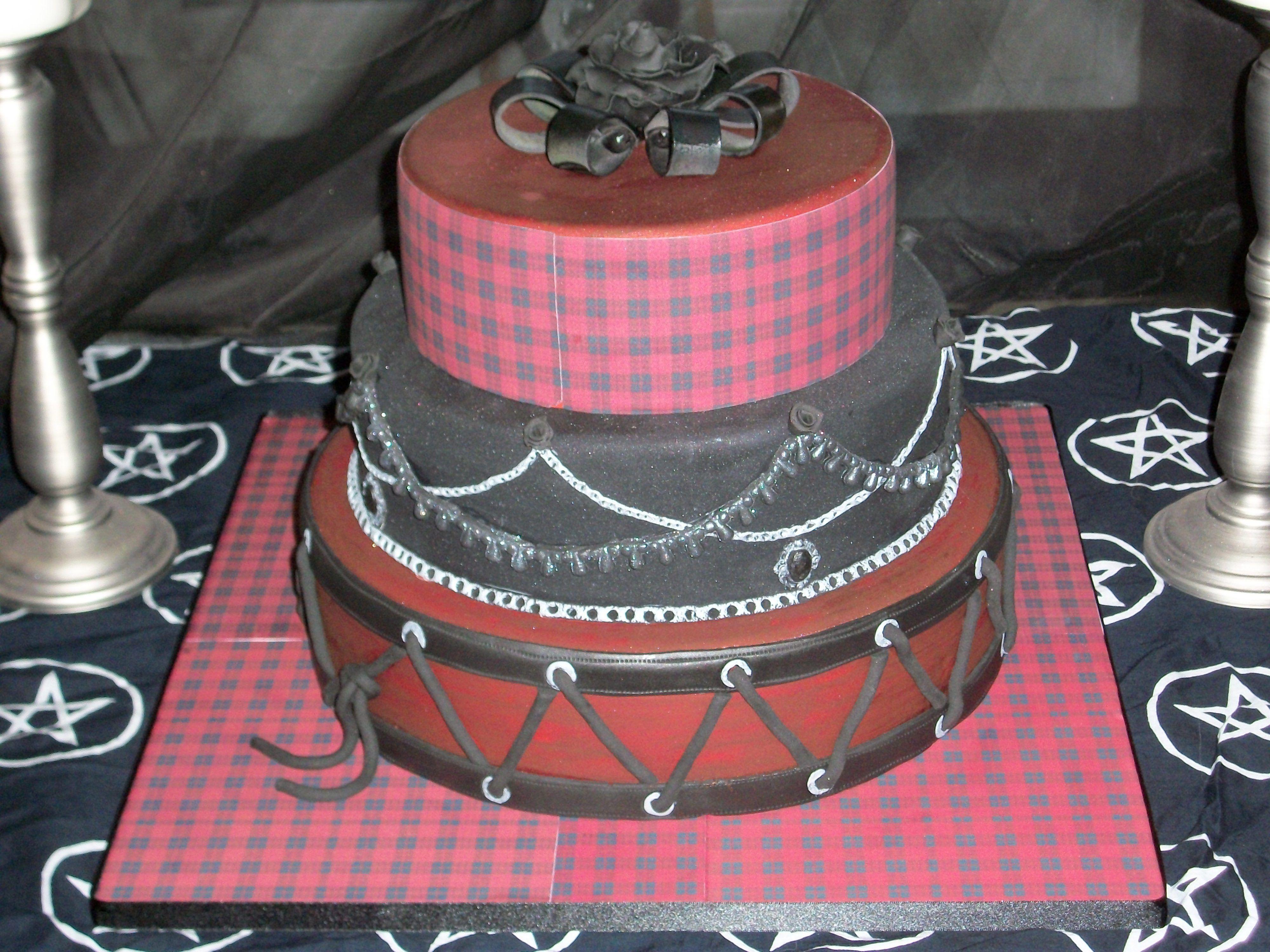 Punk tartan cake | Cake | Pinterest | Tartan, Wedding cake and Weddings