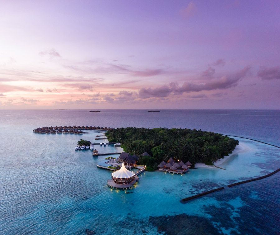 35 Beautiful Aerial Photos Of The Maldives' Island Resorts