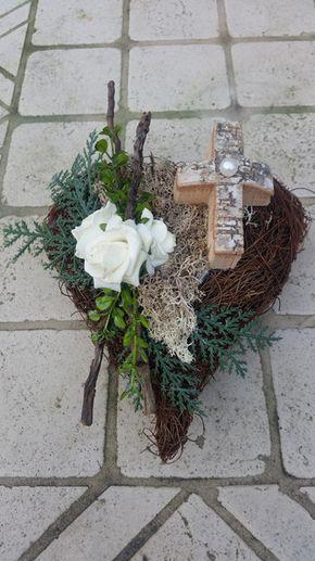 Pflanzschalen  Grabgesteck Grabaufleger Herz Trauerfloristik  ein Designerstück von DieDekoIdee bei DaWanda #friedhofsdekorationenallerheiligen