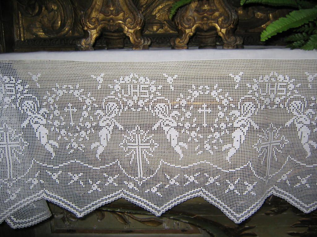 a manta de penelope Crochet Curtains, Crochet Tablecloth, Altar Cloth,  Catholic Crafts,