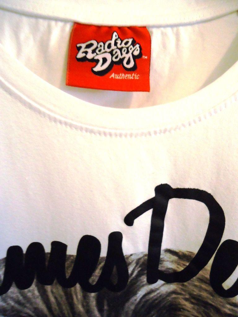 T-shirt RADIO DAYS - Fashion Street Style - Man Vintage - Urban Outfit  Per info prezzi €: modavintage.info