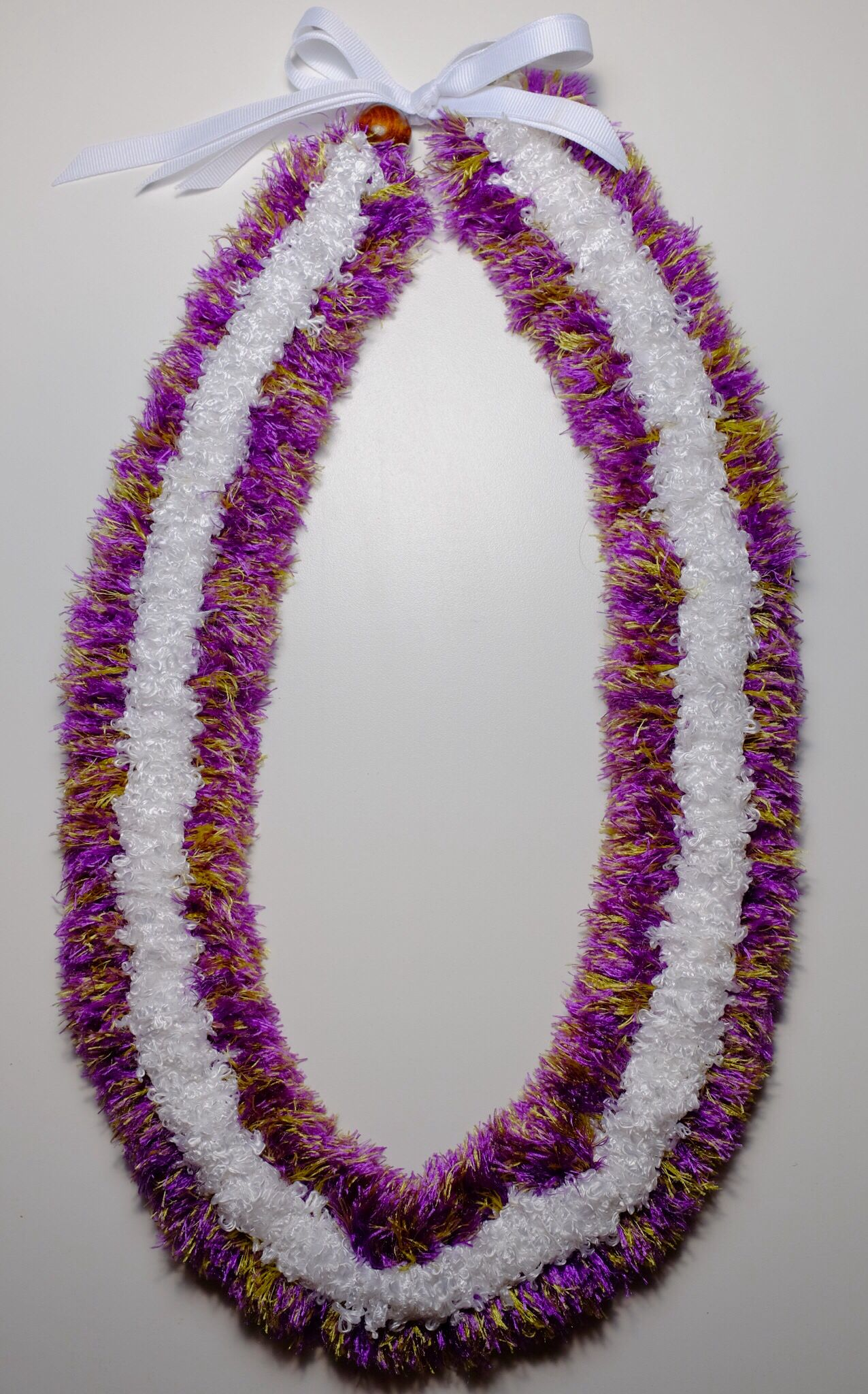 Eyelash Lei : eyelash, Three, Straw, Purple, Colored, Eyelash, White, Kalina, Center., Graduation, Ribbons,, Yarn,