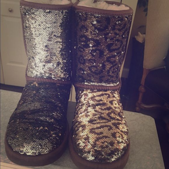 Sparkle Switch Ugg Boots These uggs are about 2 years old but are in great condition