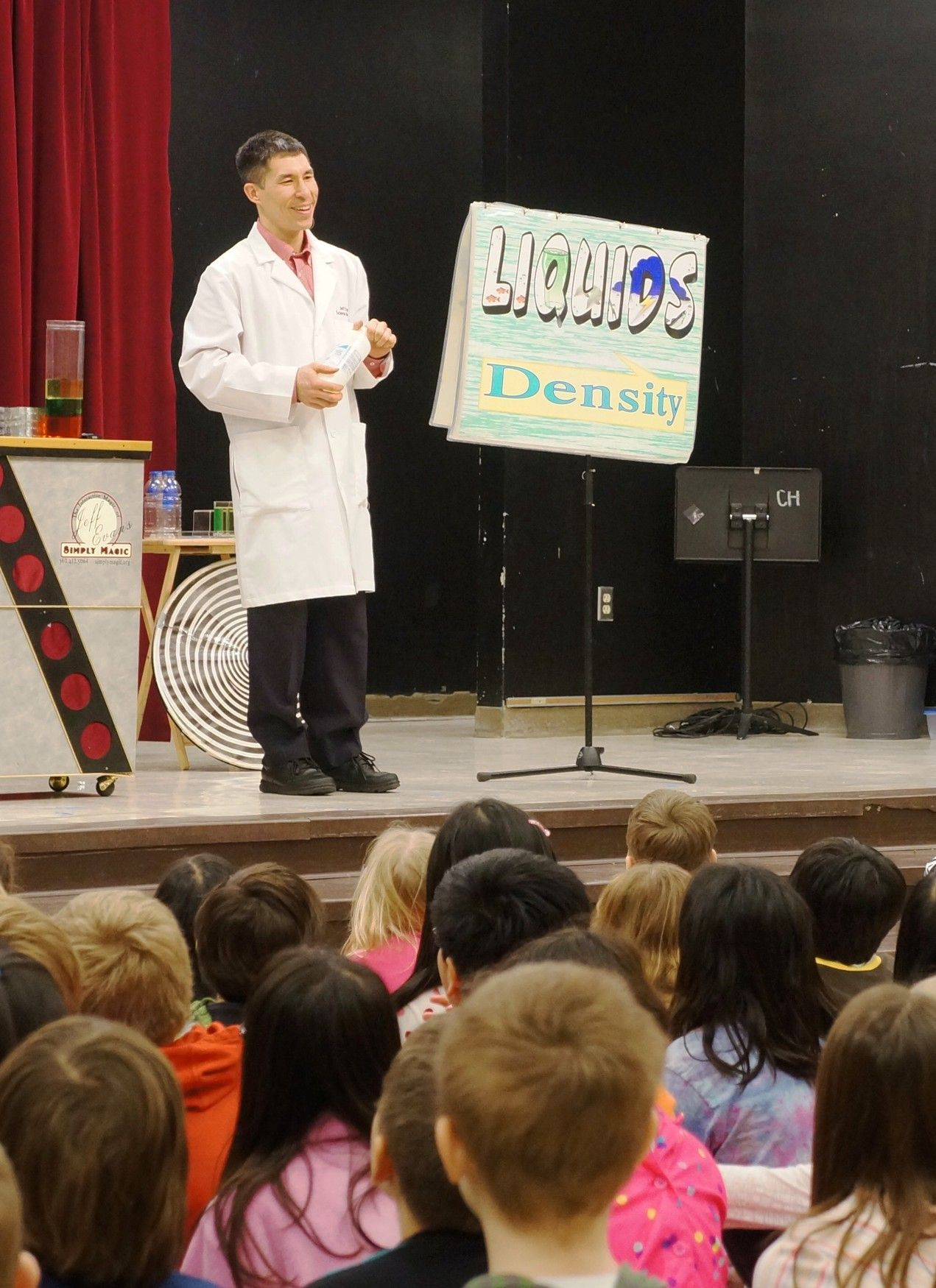 Talking about density of liquids at Challenger Elementary in Sammamish.  Their science fair is next month, and I was there to get students excited and ready to participate.