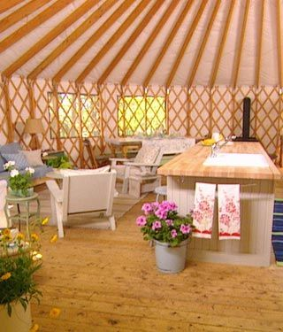 Yurts!! Here's one that Sarah Richardson decorated. So So So cool! Love these!