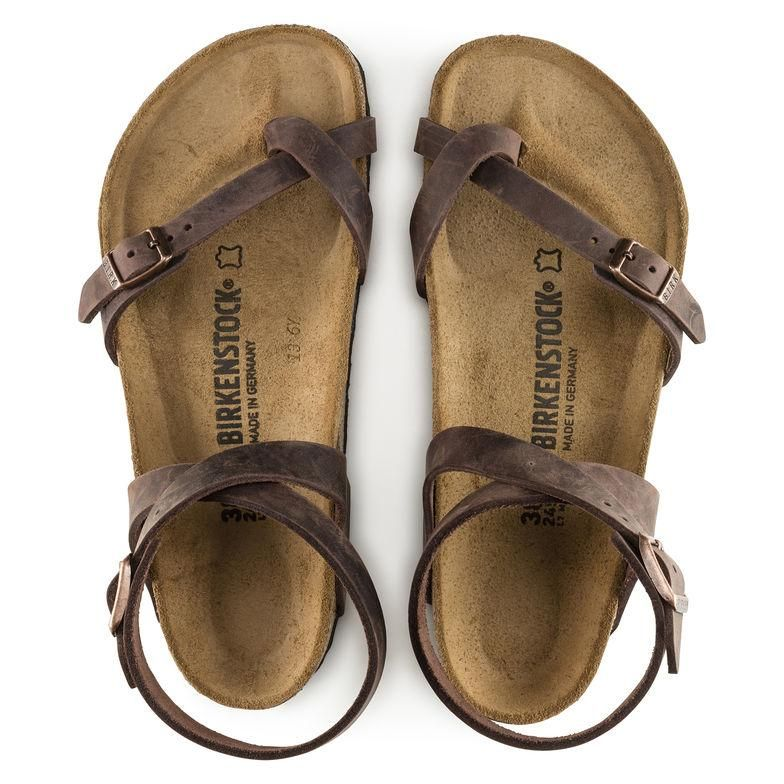df52cd8b586a The BIRKENSTOCK Yara successfully bridges the gap between toe-fastener and  sandal. The svelte note of this heelless sandal is accentuated by the fine  and ...