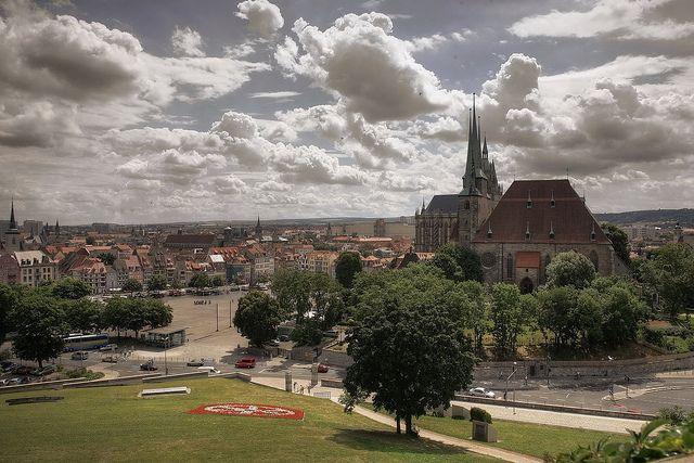 Erfurts Wolkenkratzer! Unterm Himmel im Puffbohnenland!