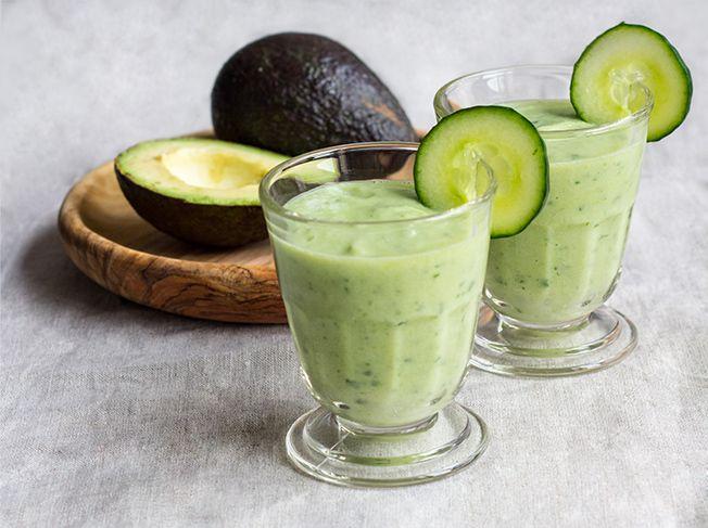 20 gr ne smoothies f r den energiekick food drinks pinterest smoothie avocado smoothie. Black Bedroom Furniture Sets. Home Design Ideas