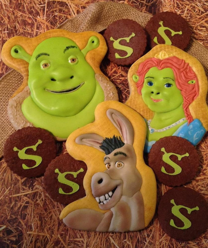shrek Cookie Connection Shrek, Shrek cake, Bear cookies