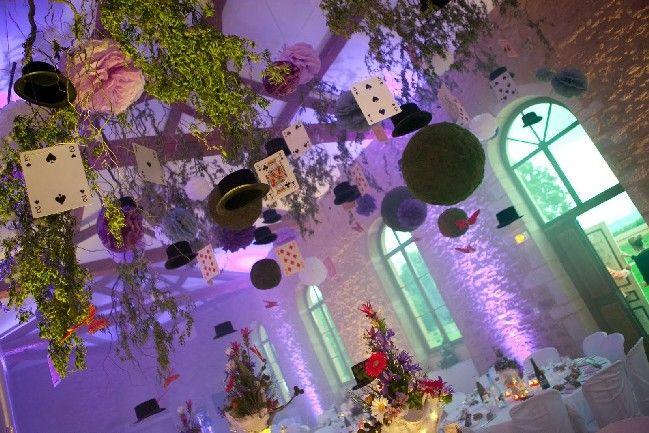 mariage th me alice au pays des merveilles fairy decorations d coration f rique pinterest. Black Bedroom Furniture Sets. Home Design Ideas