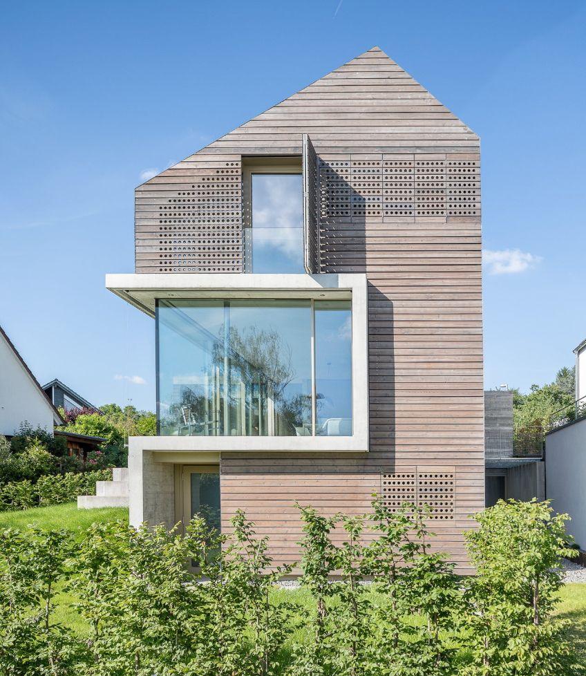 brettverschalt im neckartal einfamilienhaus in esslingen architekten architektur und fassaden. Black Bedroom Furniture Sets. Home Design Ideas
