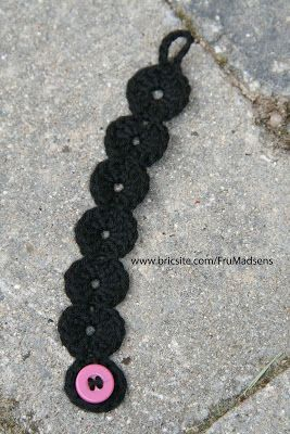 Crochet bracelet. Free pattern. Needs to be translated