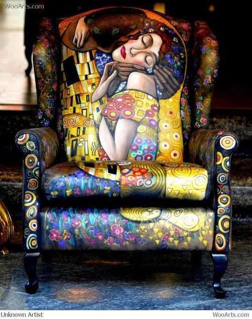 My favourite artist - on a chair!  Love this