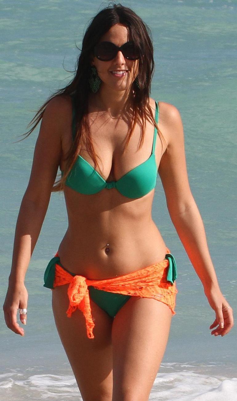 Hayley Orrantia In Pink Bikini Candids Adanih Adanih Com
