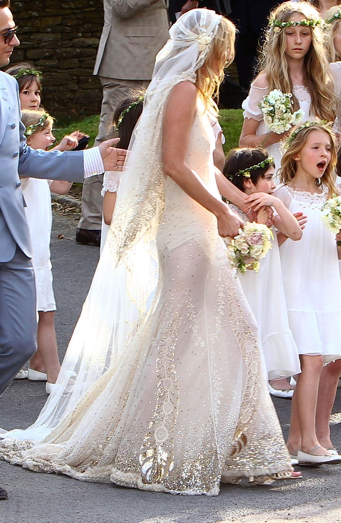 Kate moss wedding dress wedding inspire pinterest vu vus de kate moss wedding dress junglespirit Image collections