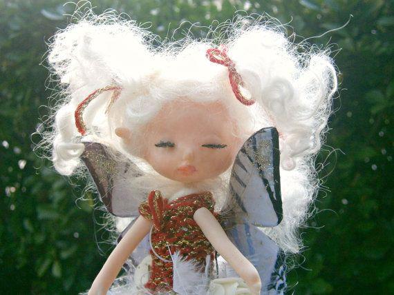 fairy doll posable fairy doll polymer clay fairy  por MundoMagico
