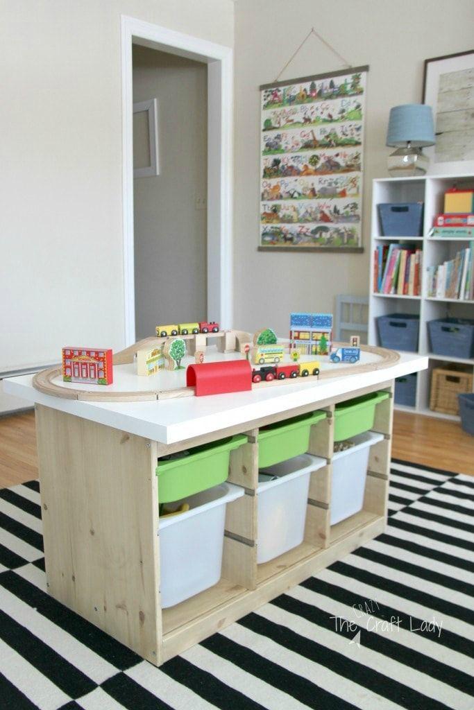 Voici Une Liste De 21 Solutions De Rangement Geniales Pour Les Jouets Ikea De Vos Enfants Ces Sol Trofast Ikea Rangement Jouet Enfant Rangement Chambre Enfant