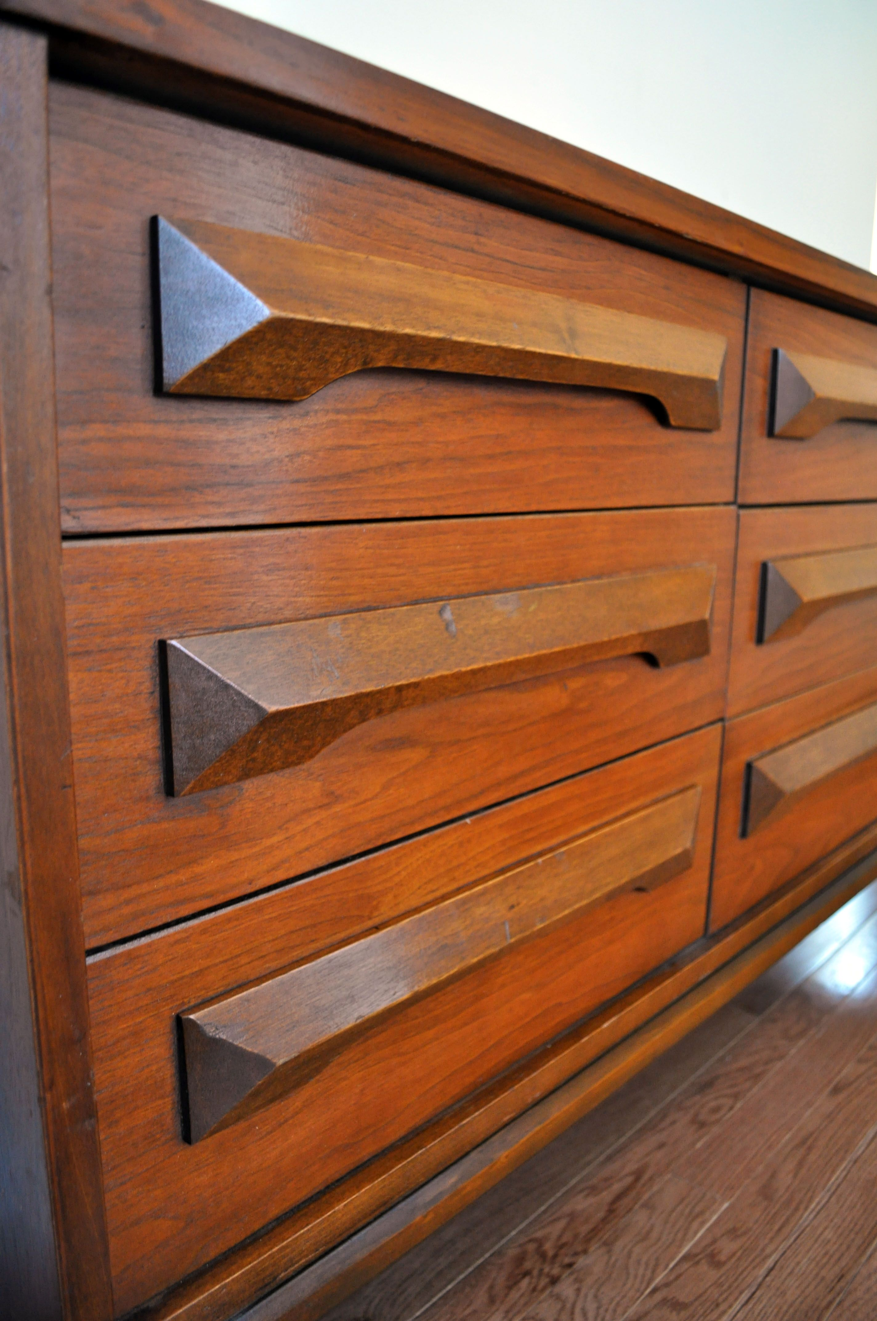 Mid Century Modern 9 Drawer Dresser Kitchen Remodel Design Wood