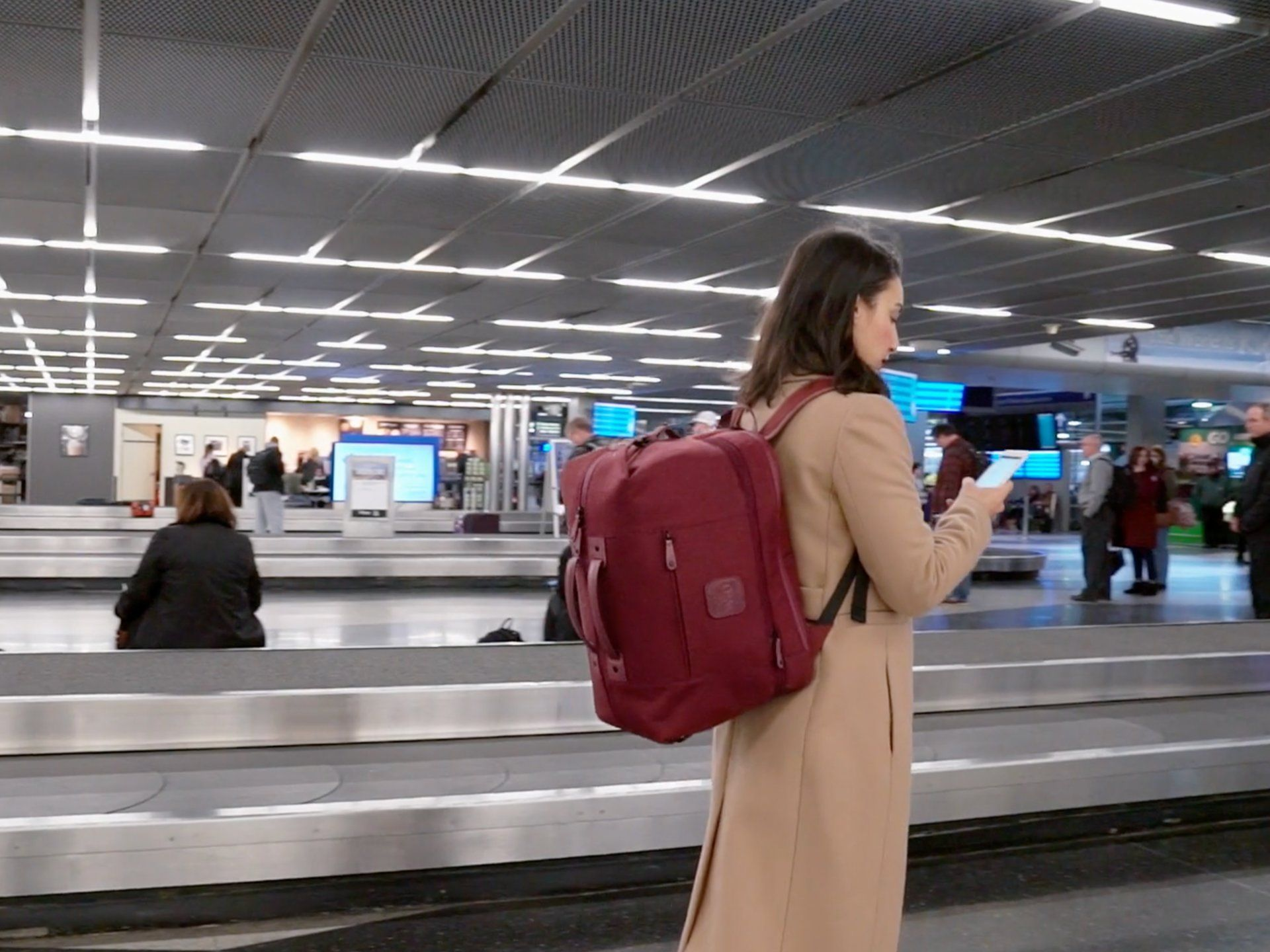 This Couple Invented A Clever Piece Of Luggage So You Ll Never Have To Check Your Bags Again Here S How It Works Best Travel Backpack Luggage Travel Trolleys