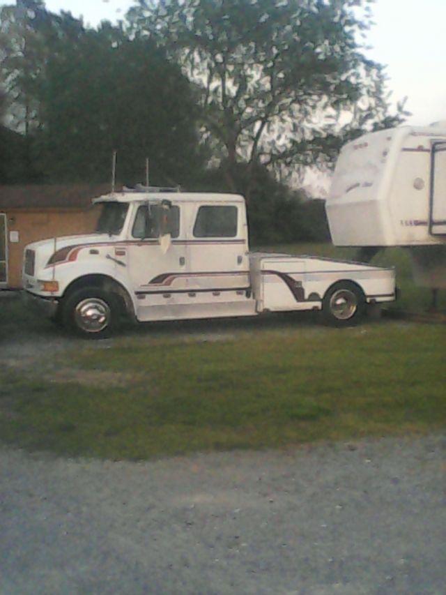 1997 Intl 4700 LOW PROFILE HAULER   Trucks For Sale   Trucks