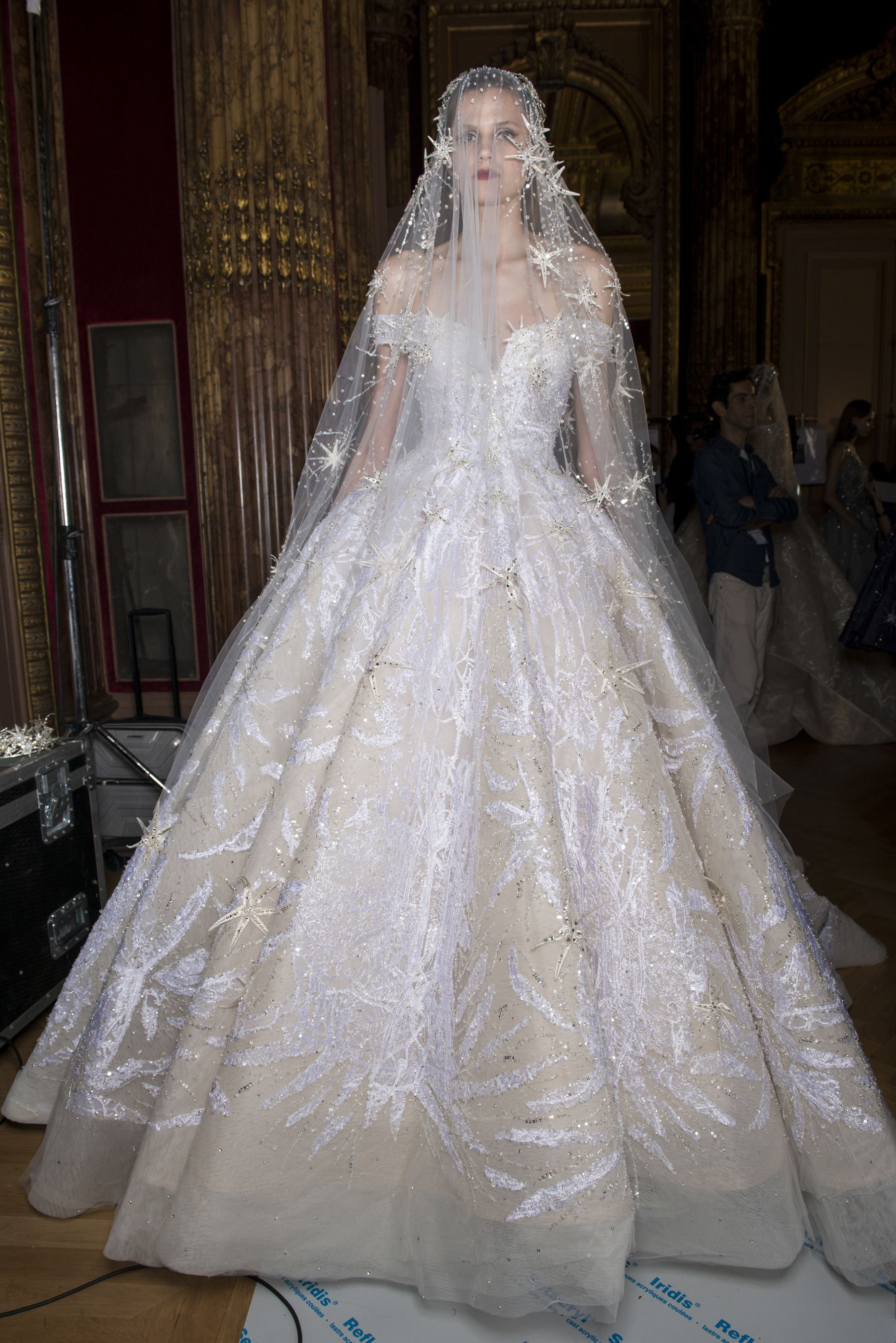 Gorgeous dress for wedding party  Omgi love this wedding dress so much  Gorgeous Dresses in