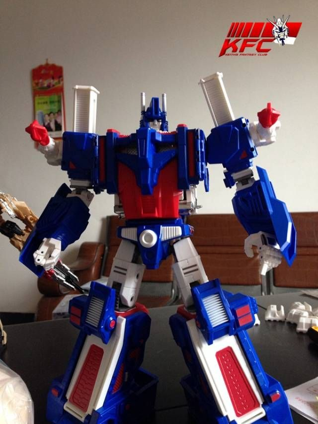 Keith's Fantasy Club - Citizen Stack (not-Ultra Magnus)