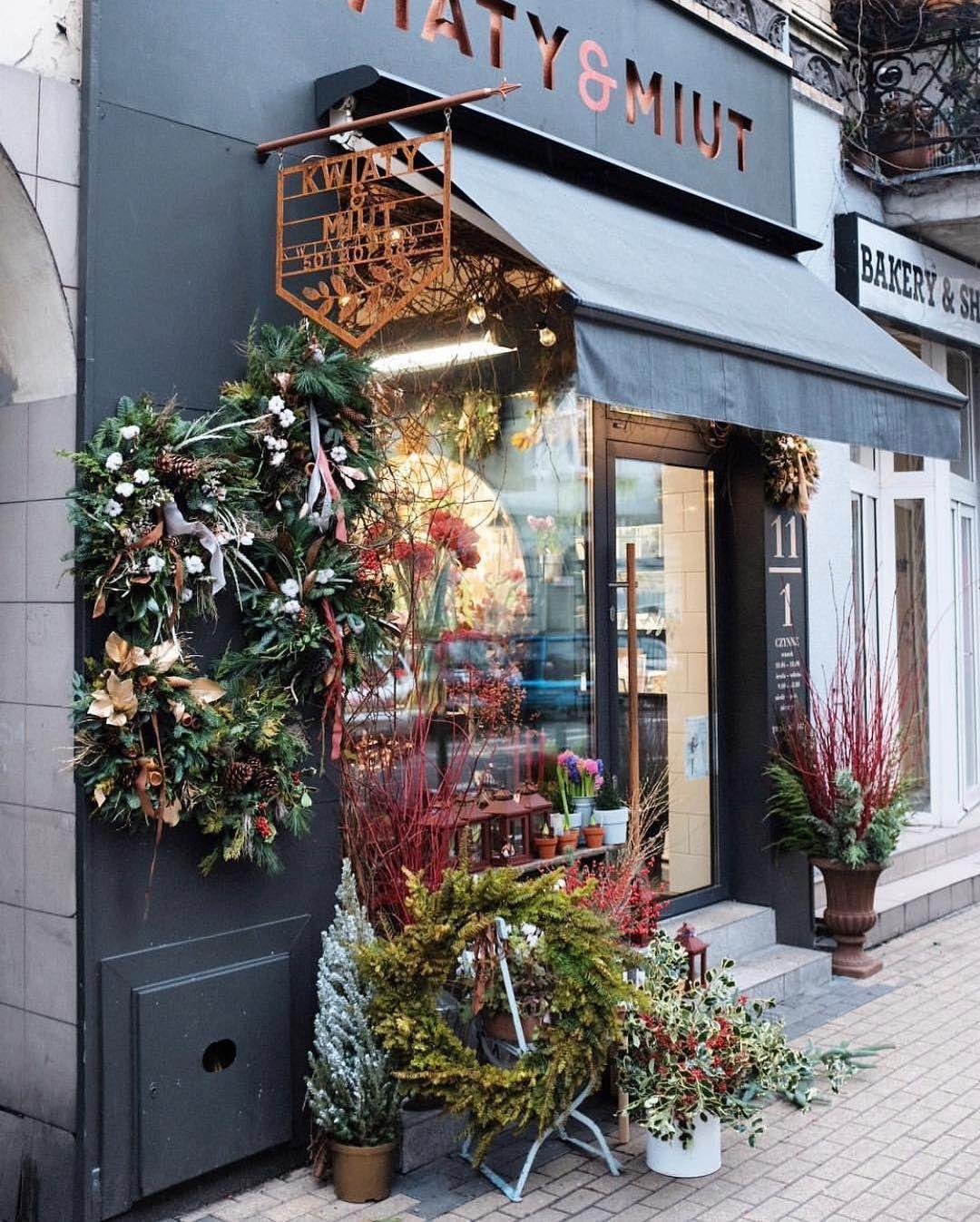 The Flower Shopkeepers On Instagram Pretty Seasonal Florals Decorate Kwiaty Miut Shopfront In Poznan Kwiatyimiut Poznan Floral Shop Shop Signs Decor