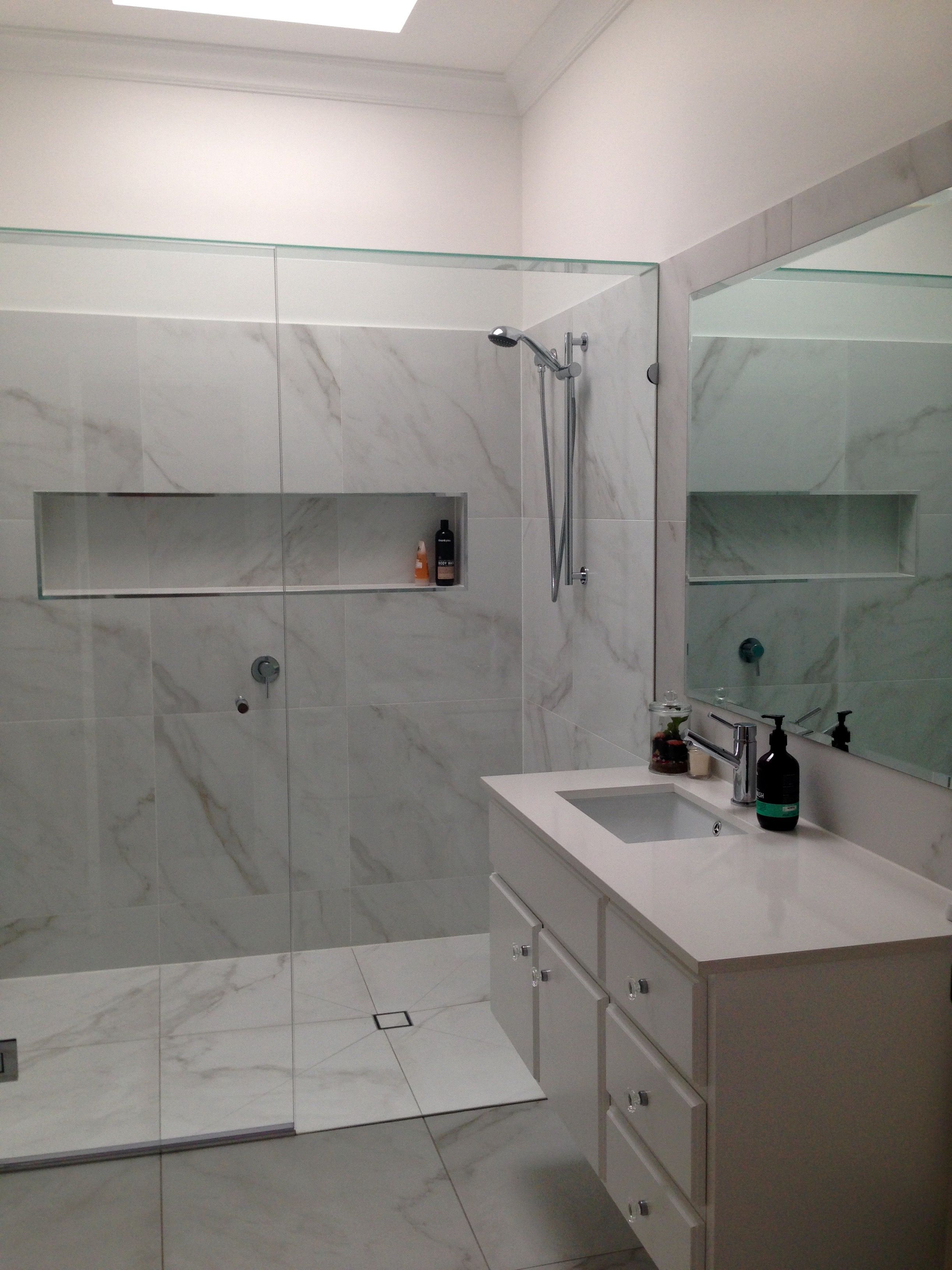Simple Marble Bathroom Moveis Wc Casa De Banho Banho