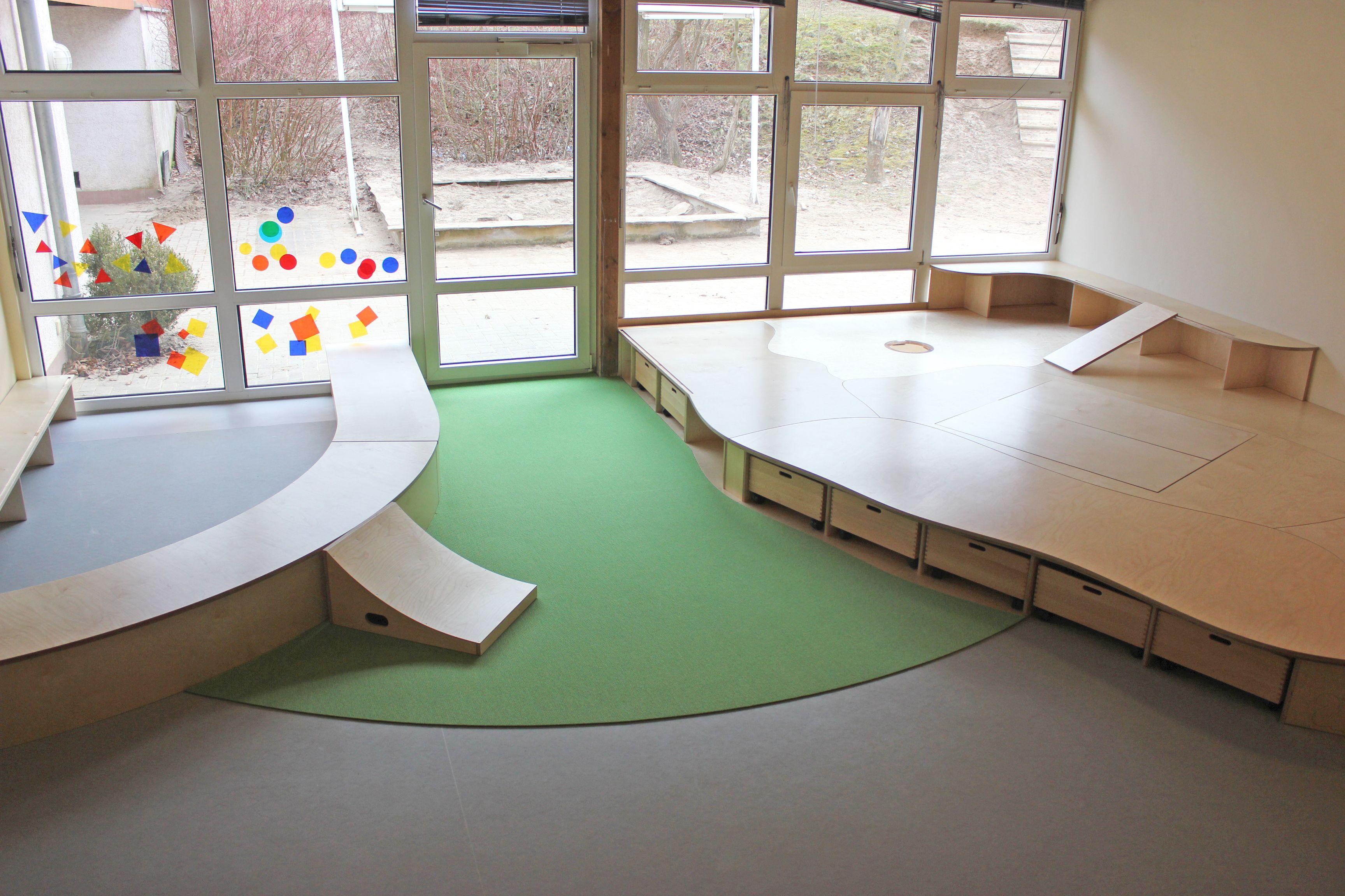 Spielpodest spielecke spielebene verschiedene ebenen for Spielpodest kinderzimmer