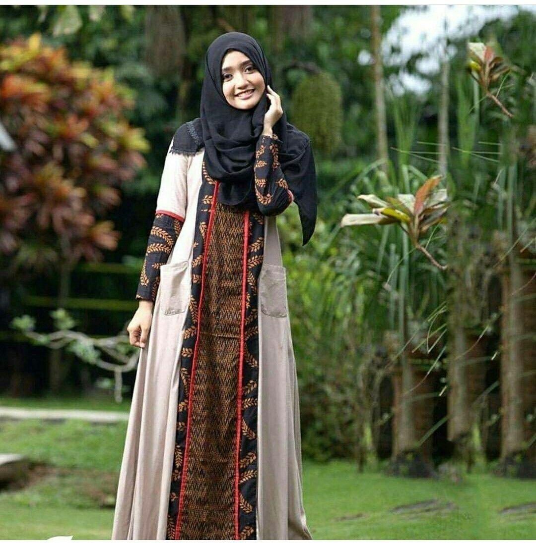 Sogan Batik, Indonesia  Model pakaian muslim, Gaun, Wanita