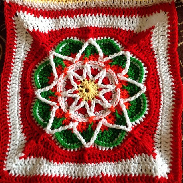 Ravelry: Project Gallery for Spiro Star pattern by Helen Shrimpton ...