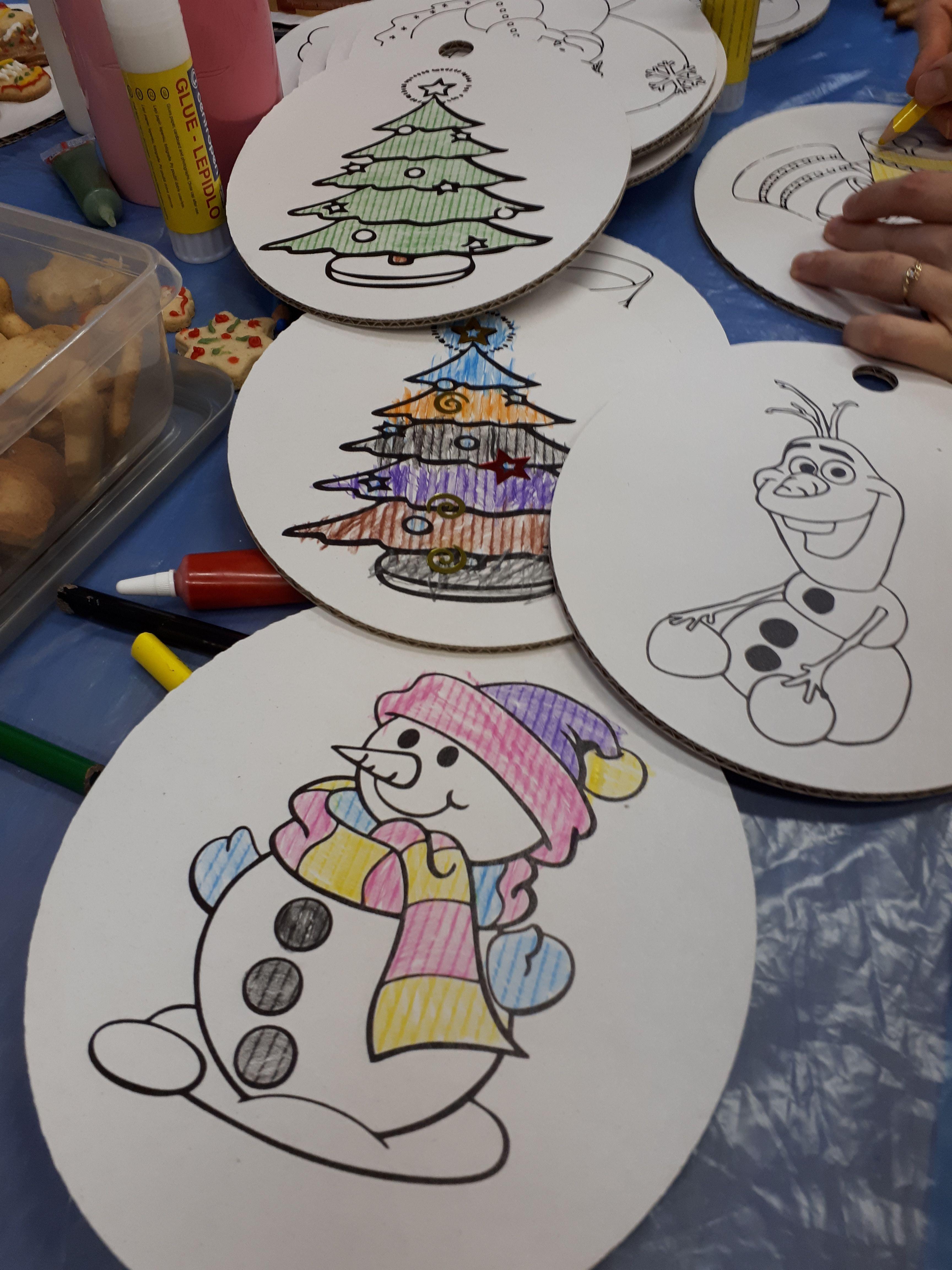 Kartónové ozdoby na Vianoce. #tlač #kartón #Vianoce #kreatívne