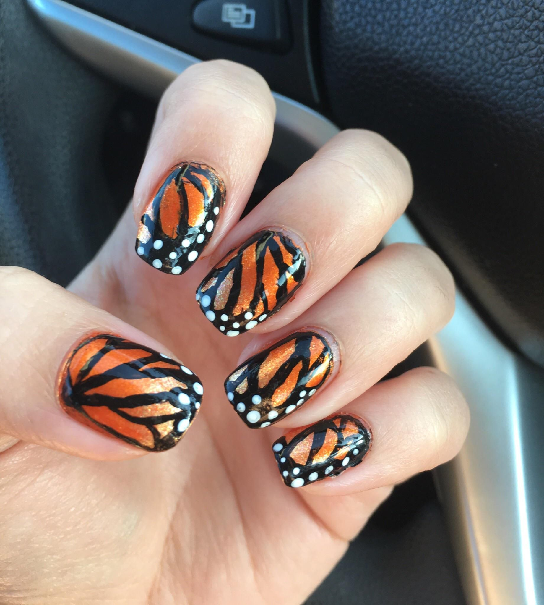 Monarch Butterfly Nails Evmore Electric Vehichle Unas