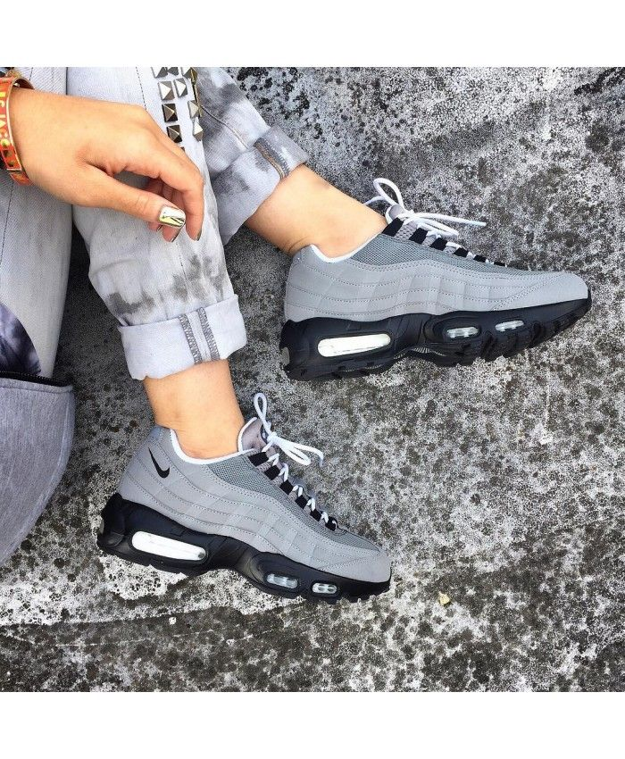 cheap for discount 1287e 13ef2 Nike Air Max 95 Id Dust Grey Black White Trainers Work is very fine, very  breathable and jumping force.