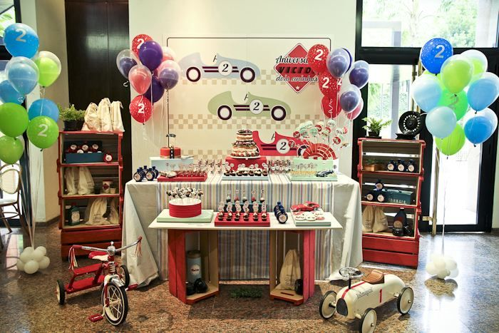 Love Table With Shelves On Side Smaller In Front Birthday Party Themes