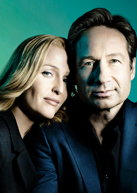 Gillian Anderson & David Duchovny photographed by Jason Madara for Variety magazine.