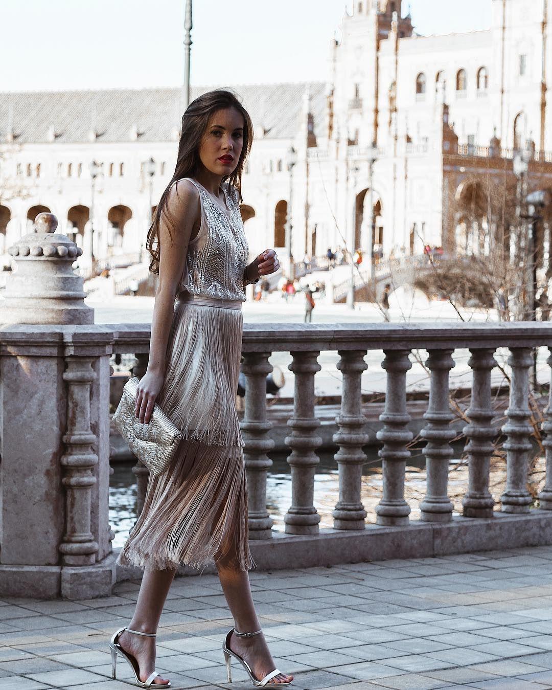 "c150d55db0 Isabel Fdz Ogallar on Instagram  ""Últimos días de REBAJAS!!!🤩 Falda de  flecos champán disponible en la web➡️www.odhette.com  odhette  handmade   sevilla ..."