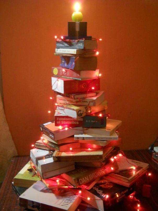 50 DIY Christmas Tree Decorating Ideas - EcstasyCoffee Christmas