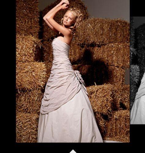 Ian Stuart Wedding Dress Florence
