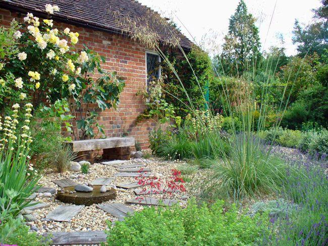 low maintenance garden designs low maintenance gravel ...