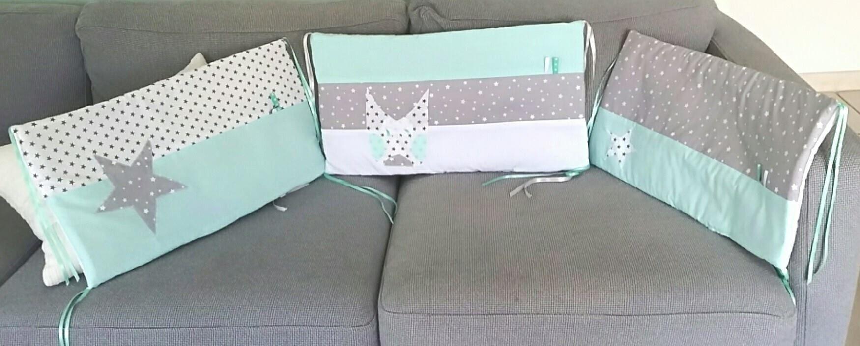 tour de lit bebe vert d eau blanc et gris Tour de lit
