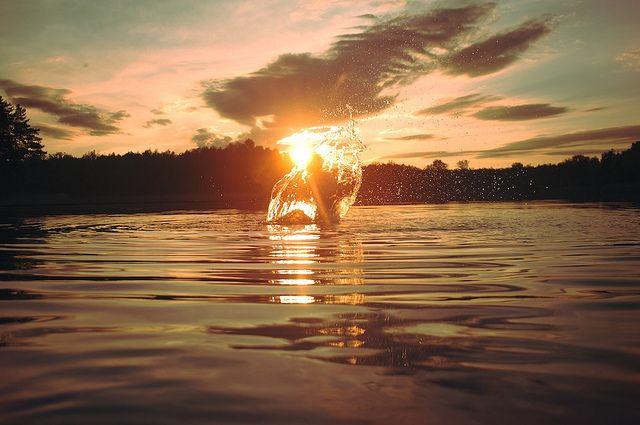 water sun in fire por yougo jeberg