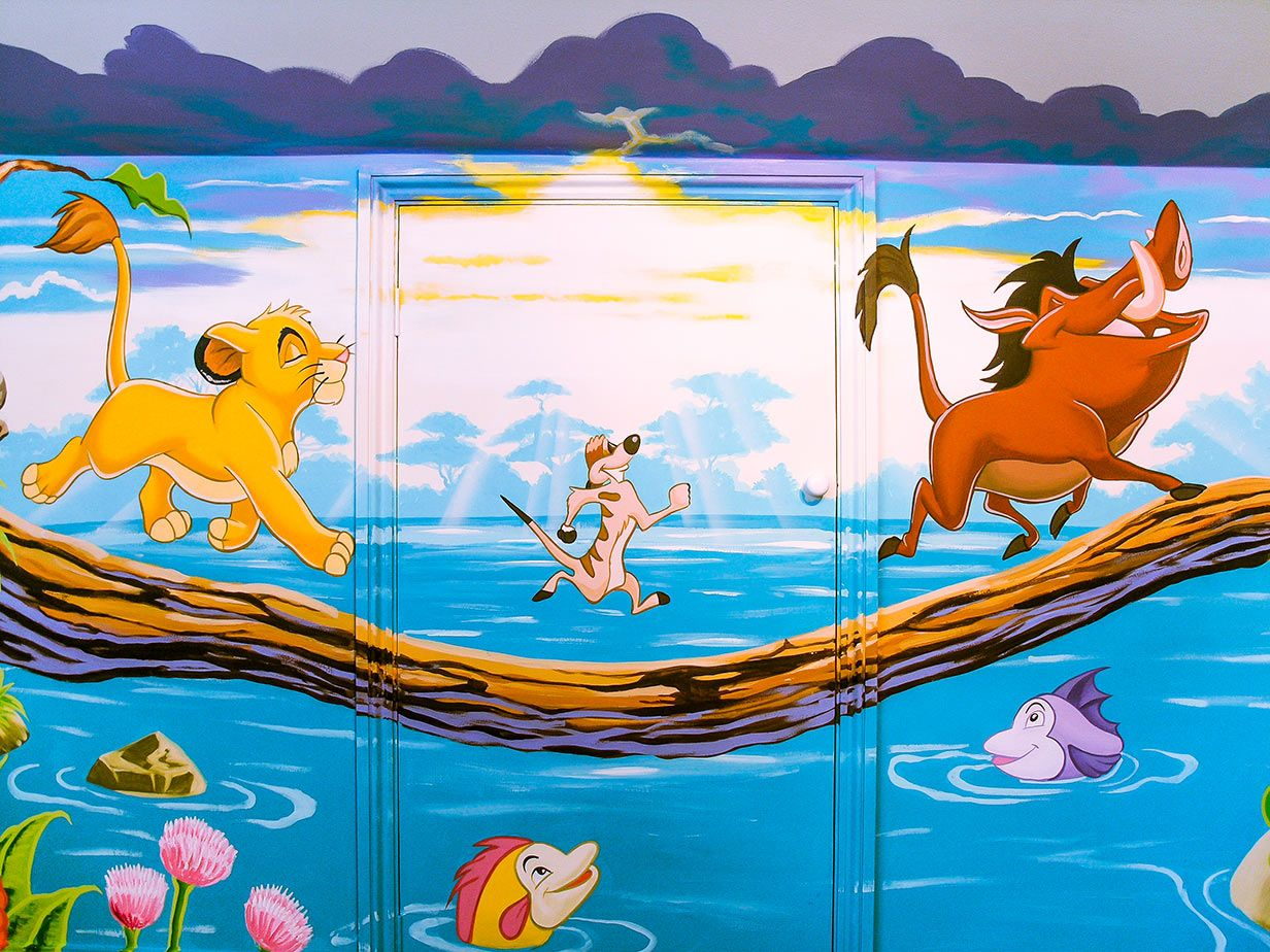 Mural Around Doorway Hakuna Matata What A Wonderful Phrase It Means No Worries For The