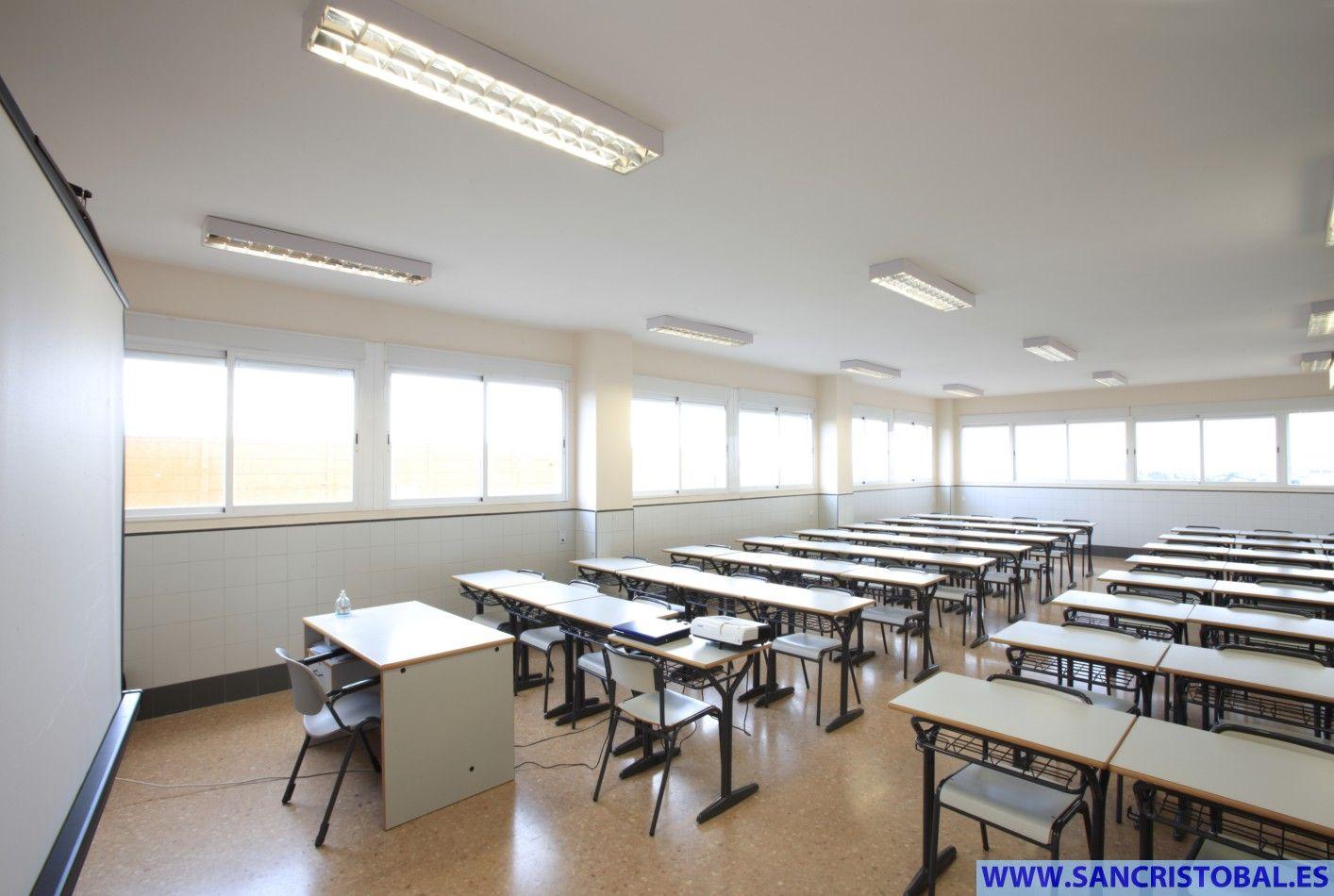 Aula De Ciclos Formativos Y Bachiller Colegio San Crist Bal  # Muebles Cic Camino Melipilla
