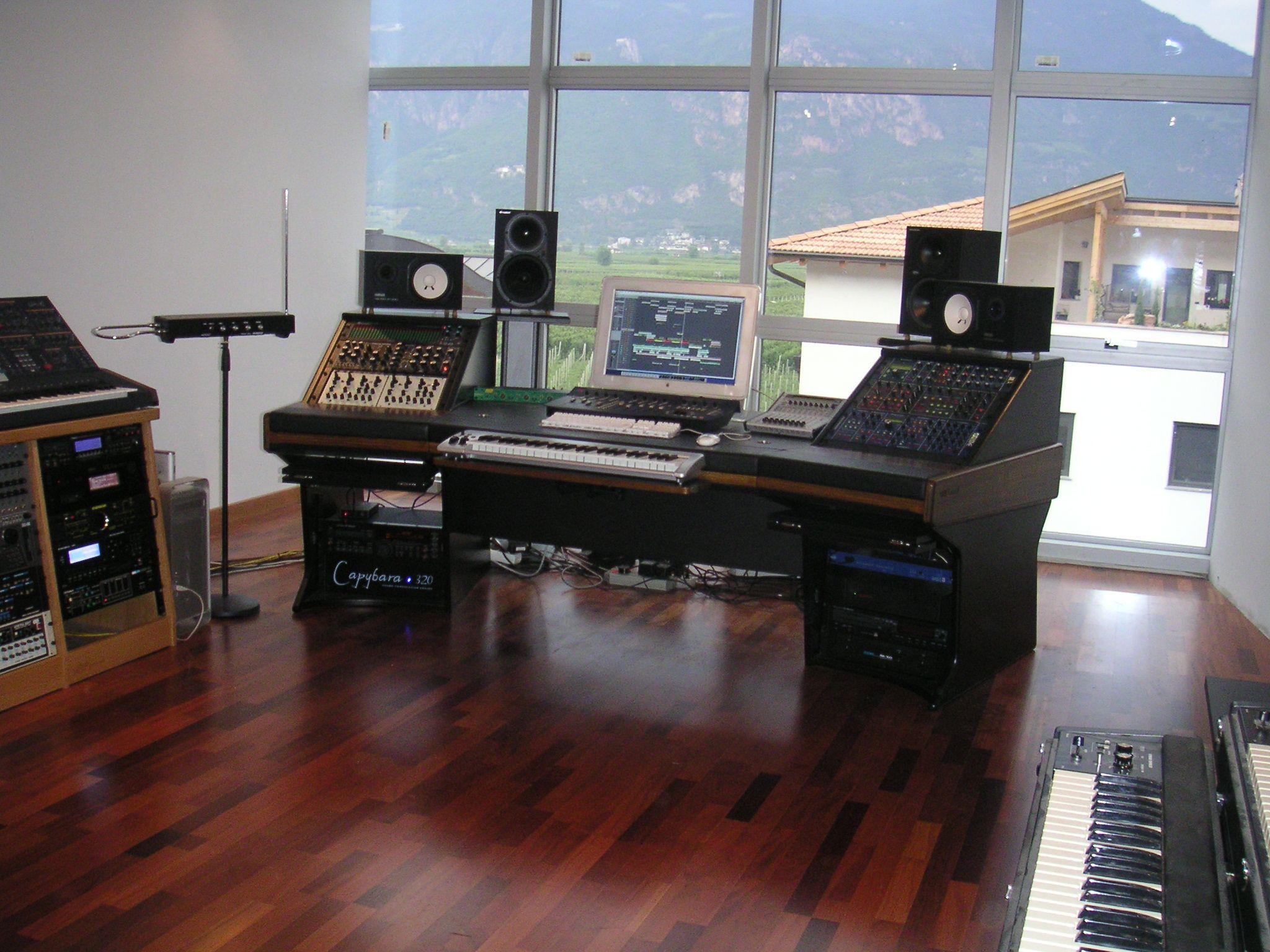 Make Shift Mini Studio Upstairs West Wing
